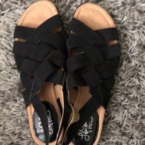 Life Stride soft system sandals black sz 9.5